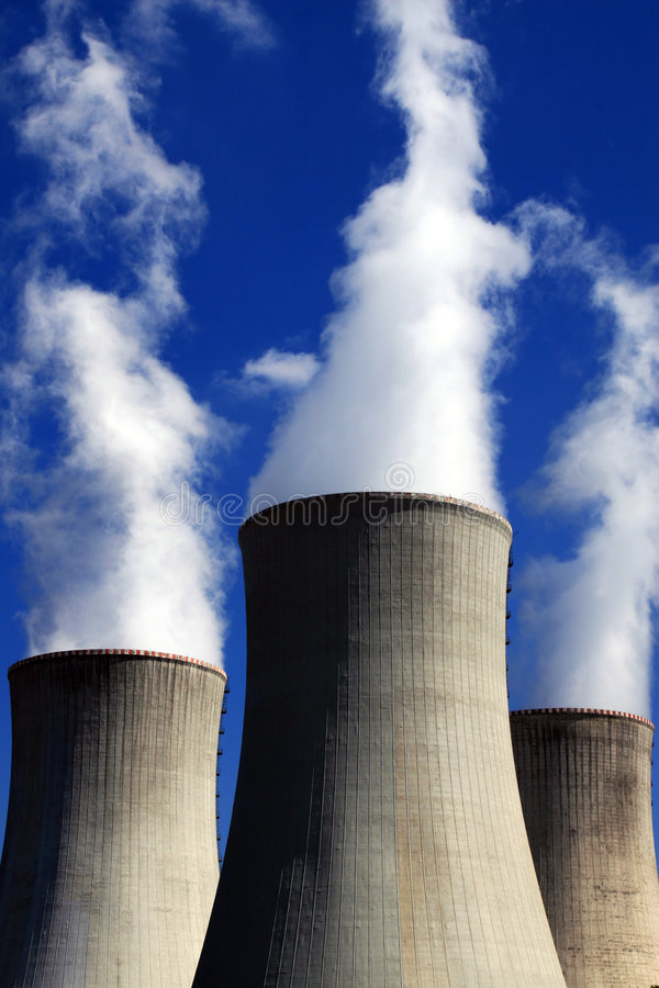Central energética nuclear foto de stock