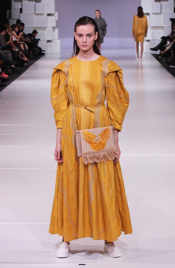 Central - europeiska modedagar arkivfoton
