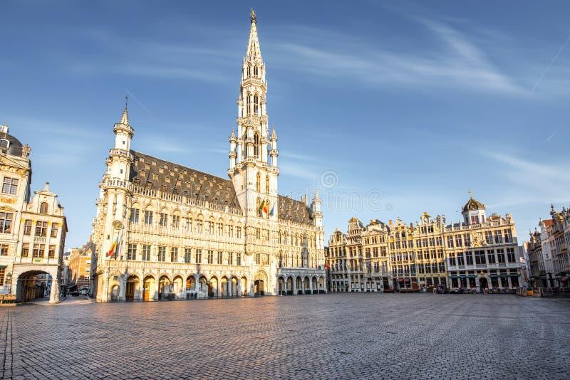 Central fyrkant i den Bryssel staden arkivfoto