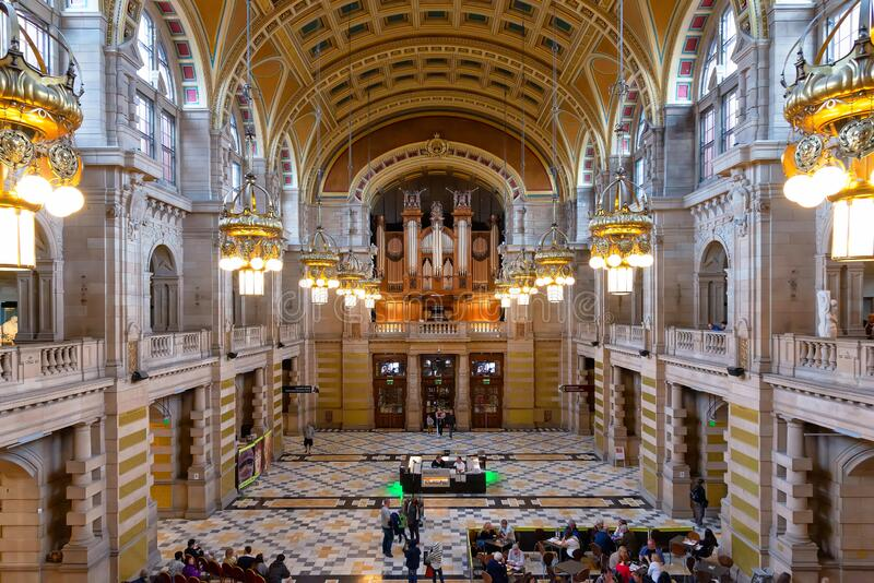 The central hall of Kelvingrove Art Gallery and Museum, United Kingdom. Glasgow, United Kingdom - August 21, 2014: View of the Main Hall of Kelvingrove Art stock image