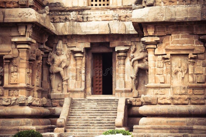 Central ingång på den Gangaikonda Cholapuram templet. Stor archite arkivfoto