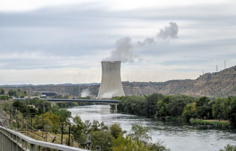 Central nuclear de Asco, Tarragona Catalonia, Espanha foto de stock royalty free