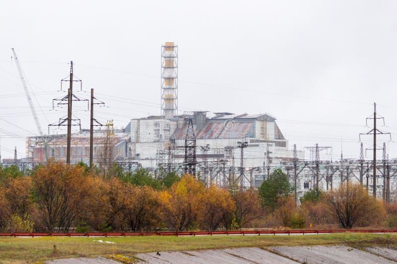 Central nuclear de Chernobyl Sin el nuevo confinamiento seguro Reactor número 4 cuatro Sarcófago destruido viejo, cubierta o foto de archivo libre de regalías