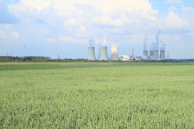 Central nuclear Dukovany fotografía de archivo libre de regalías