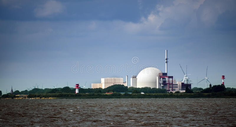 Central nuclear em Brockdorf, Schleswig-Holstein em do norte foto de stock royalty free