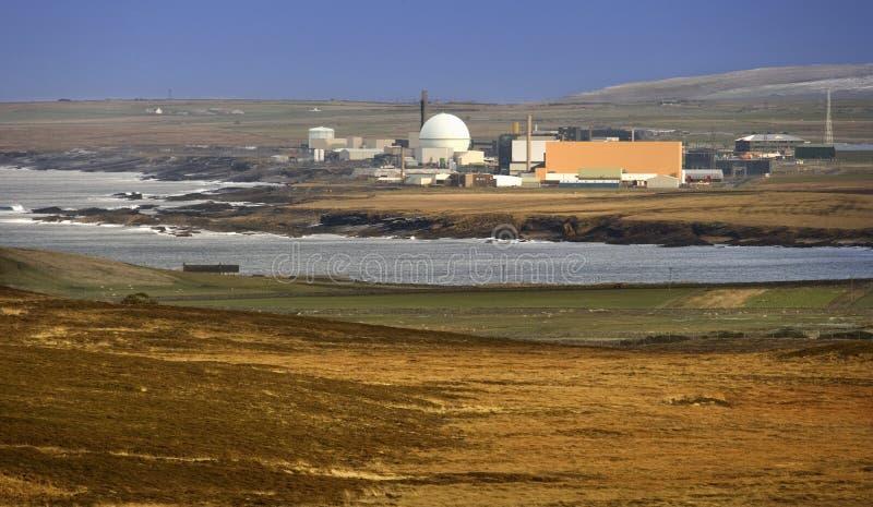 Central nuclear - Escocia imagen de archivo libre de regalías