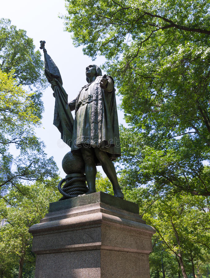 Free Central Park Christopher Columbus Statue Royalty Free Stock Images - 49001179