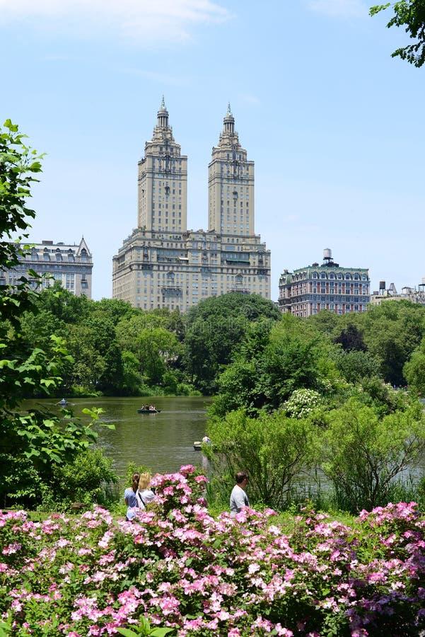 Central Park con architettura scenica - New York fotografie stock