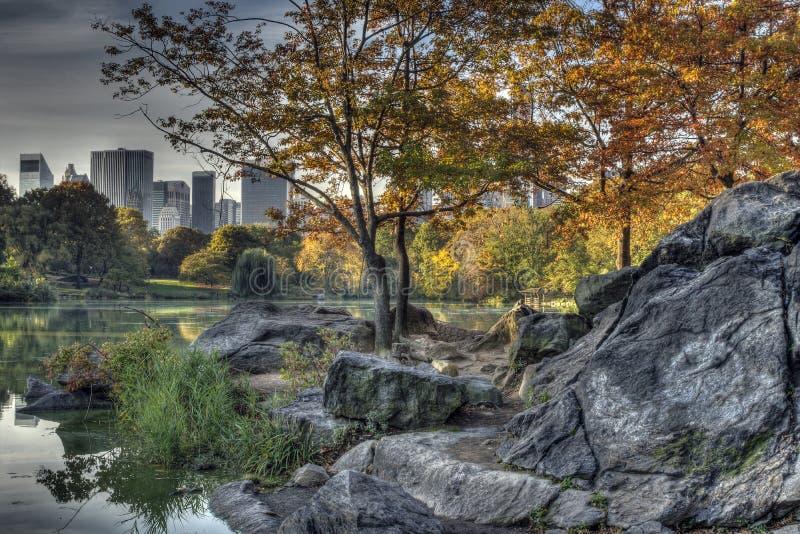 Central Park den New York City pilbågen överbryggar arkivbilder