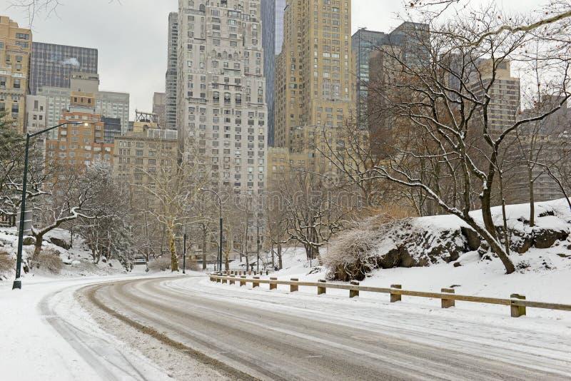 Central Park en la nieve, Manhattan, New York City imágenes de archivo libres de regalías