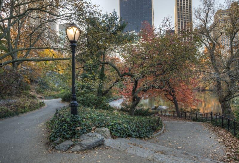 Central Park, escena del otoño de New York City fotografía de archivo libre de regalías