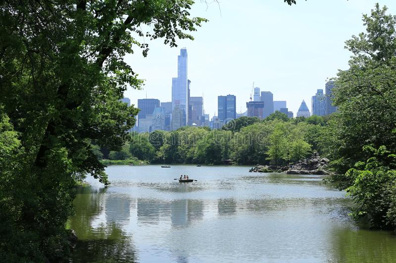 Central Park Lake royaltyfria bilder