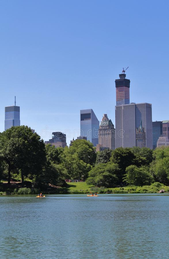 Download Central Park, New York stock afbeelding. Afbeelding bestaande uit boom - 54080411