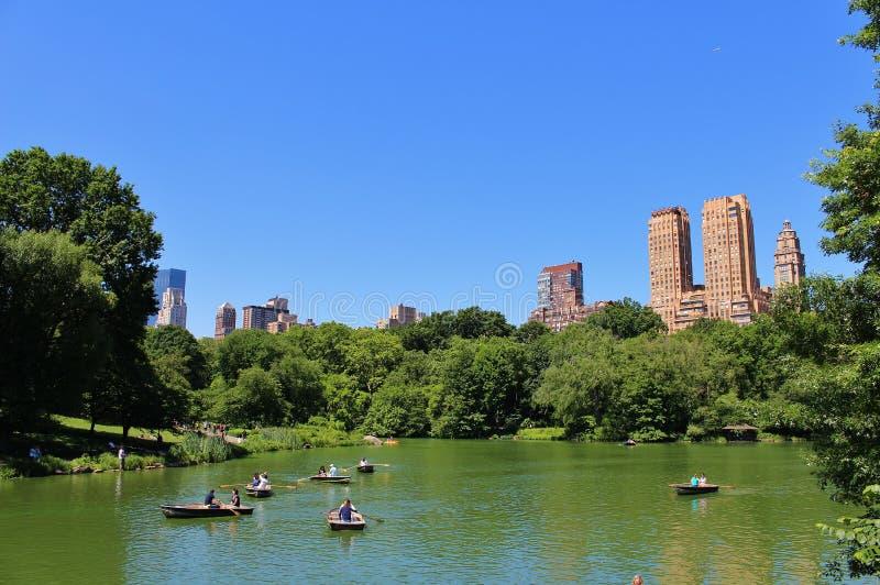 Download Central Park, New York redactionele foto. Afbeelding bestaande uit mening - 54081341