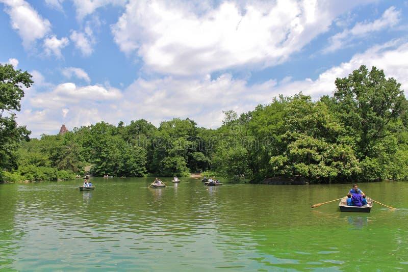 Download Central Park, New York redactionele foto. Afbeelding bestaande uit manhattan - 54082071