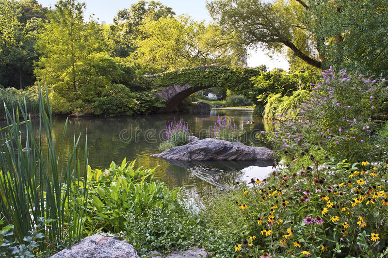 Download Central Park Stone Bridge Royalty Free Stock Image - Image: 26524616