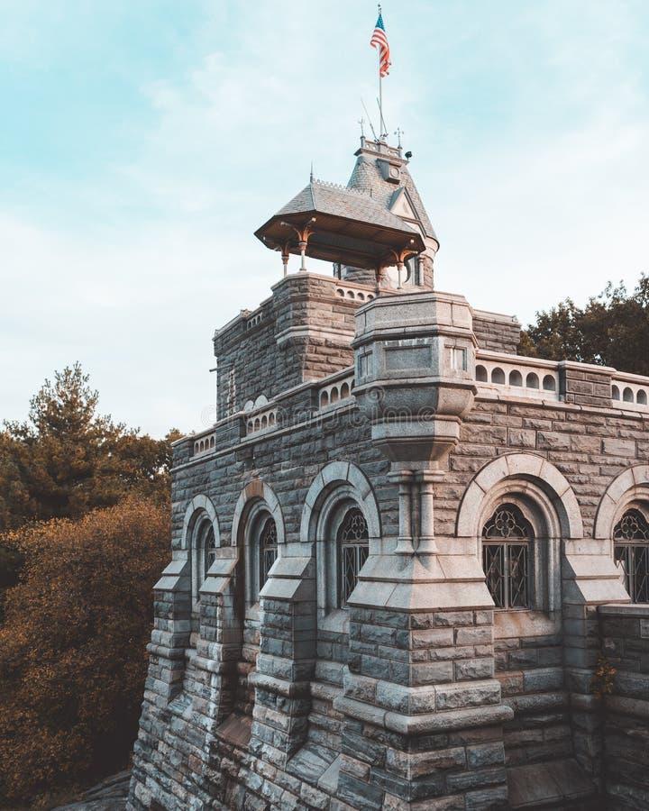 Central Parkslott under höst royaltyfria bilder