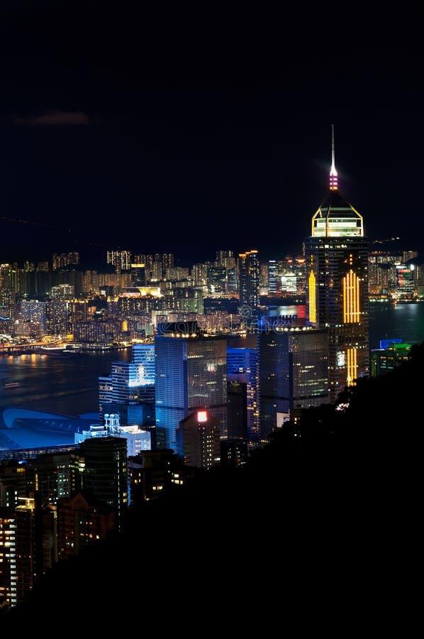 Central Plazaskyskrapa som är upplyst på natten, Hong Kong Island fotografering för bildbyråer