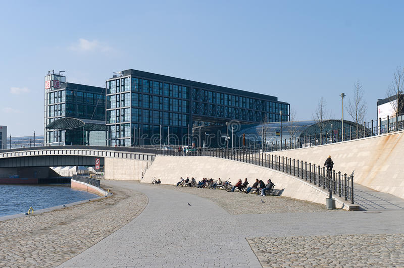 Download The Central Railway Station Hauptbahnhof Editorial Photo - Image of railway, spree: 23875231