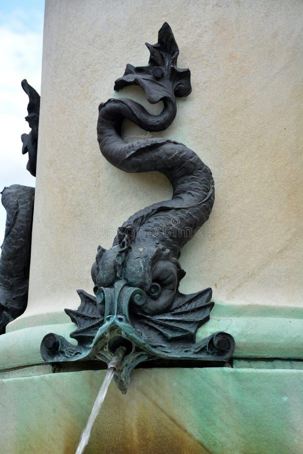 central repbulic moldova för chishinaudetaljspringbrunn park royaltyfri fotografi