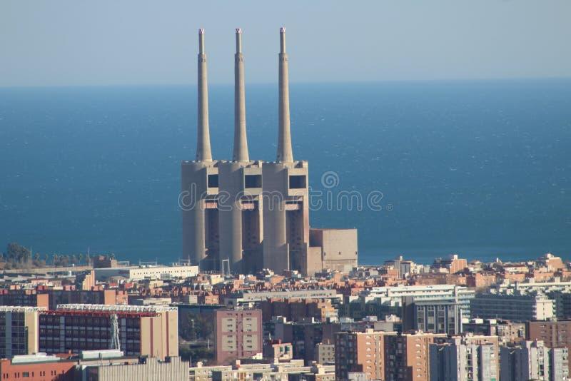 Central térmica eléctrica de Barcelona imagenes de archivo