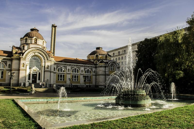 Centrala mineralbad i Sofia, Bulgarien royaltyfri fotografi