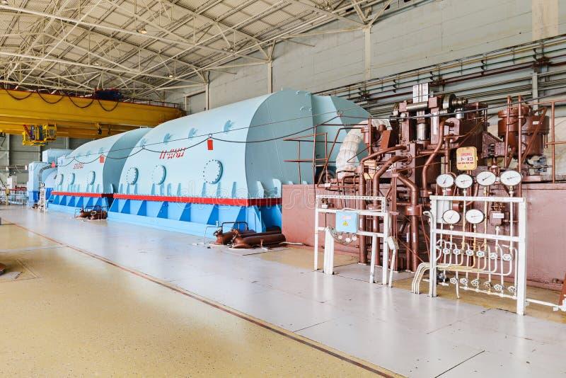 Centrale atomica potente della turbina a vapore fotografia stock