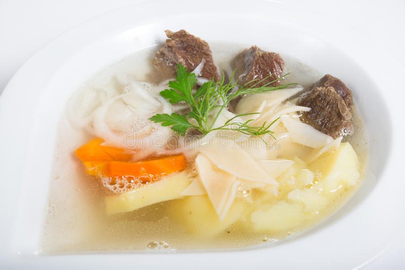 Centrale Aziatische traditionele soep stock afbeelding