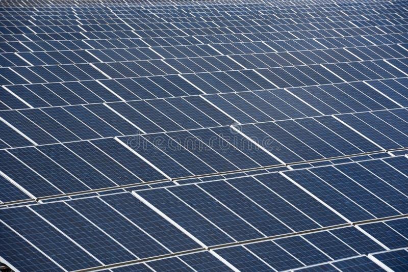 Centrale de panneaux solaires en Espagne photos libres de droits