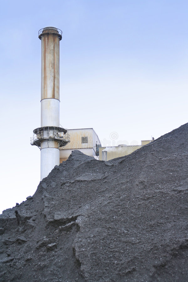 Centrale elettrica di energia del carbone fotografia stock libera da diritti