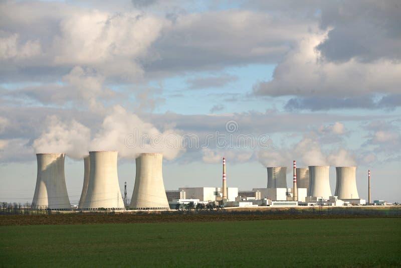 Centrale elettrica di Nucelar immagini stock libere da diritti