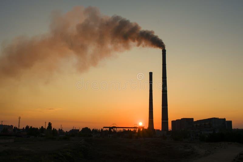 Centrale elettrica termica dell'Ucraina Uno del più potente nel Regno Unito fotografie stock