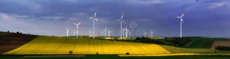 Centrale eolica fotografia stock