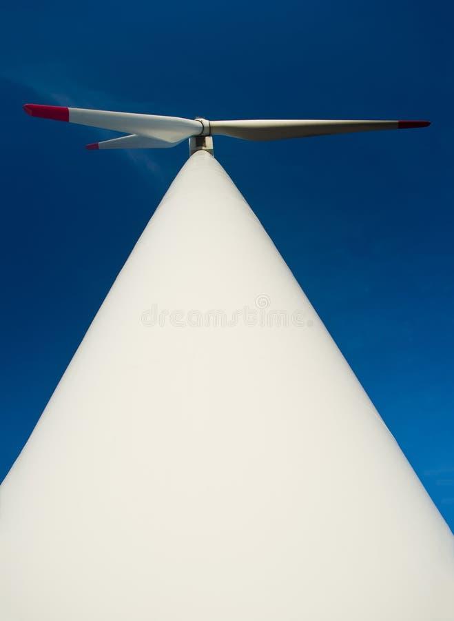 Centrale grande d'énergie éolienne photographie stock libre de droits