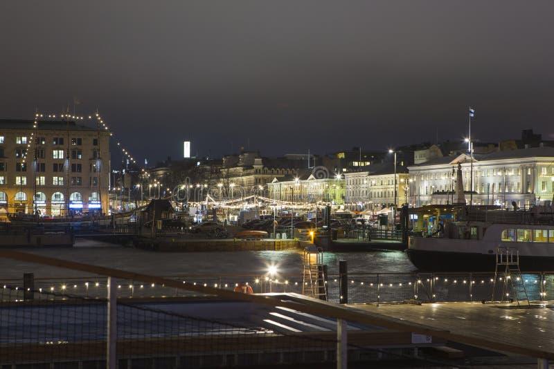 Centrale Kade van Helsinki voor de Beroemde Zaal van de Stadsmarkt royalty-vrije stock afbeeldingen