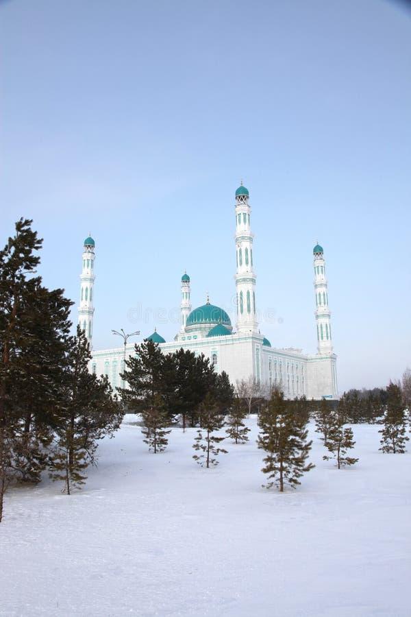Centrale kathedraalmoskee van Karaganda, Kazachstan royalty-vrije stock foto