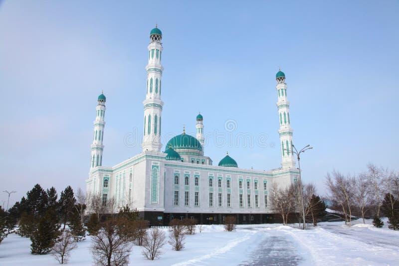 Centrale kathedraalmoskee van Karaganda, Kazachstan royalty-vrije stock afbeeldingen