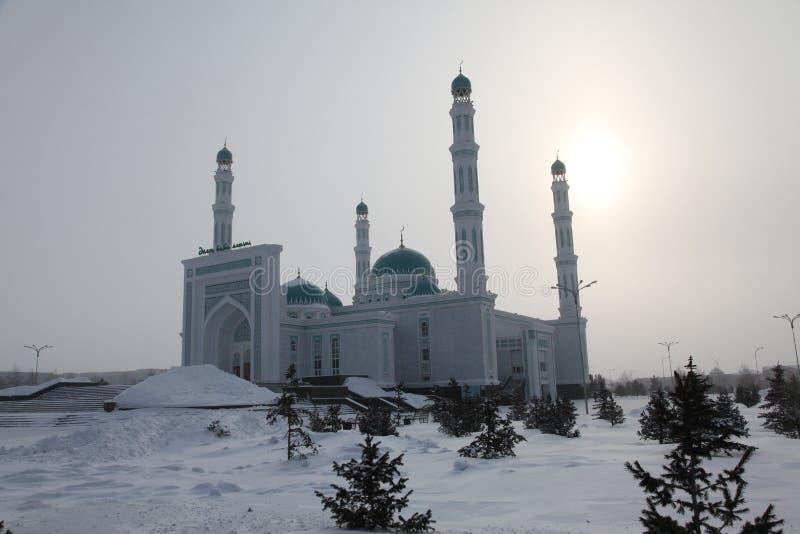 Centrale kathedraalmoskee van Karaganda, Kazachstan stock afbeeldingen