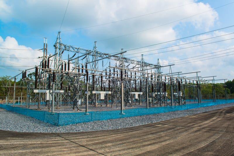Centrale pour faire l'énergie électrique photo stock
