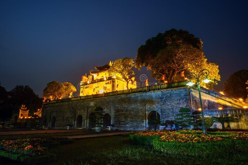 Centrale sector van Keizer Lange Citadel van Thang, culturele complex bestaand uit de koninklijke die bijlage eerst tijdens Ly Dy stock fotografie