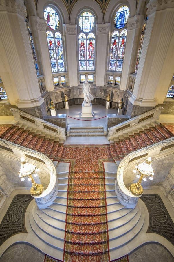 Centrale trap van het Vredespaleis royalty-vrije stock afbeeldingen