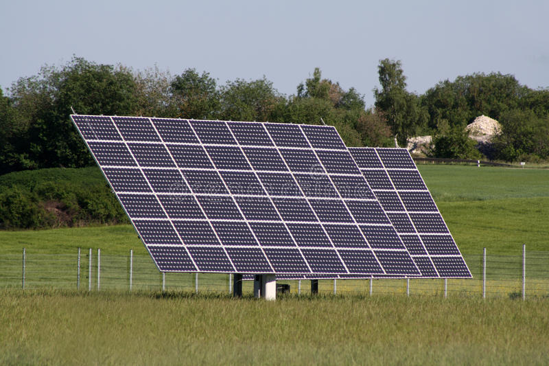 Centrales solaires dans le domaine photo libre de droits