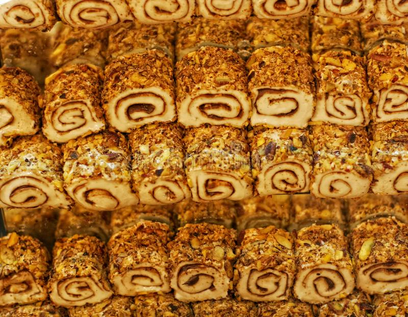 centralna baklava deserowa wschodniej słodka tradycyjnej tray obraz royalty free