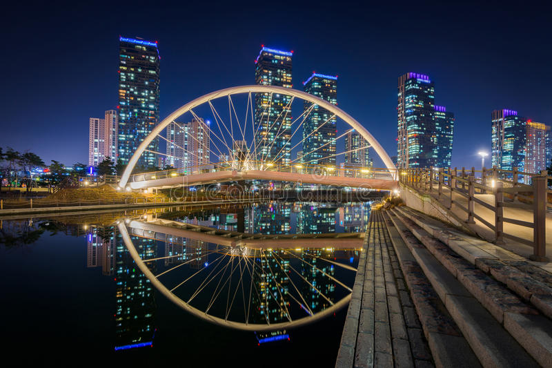 Centralpark bij Nacht Incheon, Zuid-Korea stock afbeelding