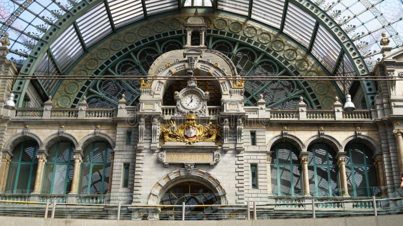 Centralstation av Antwerp royaltyfria foton