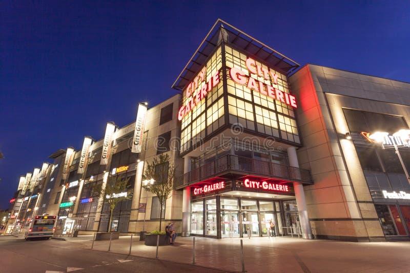 Download Centre Commercial De Galerie De Ville Dans Siegen, Allemagne Image stock éditorial - Image du achats, westphalia: 77153004
