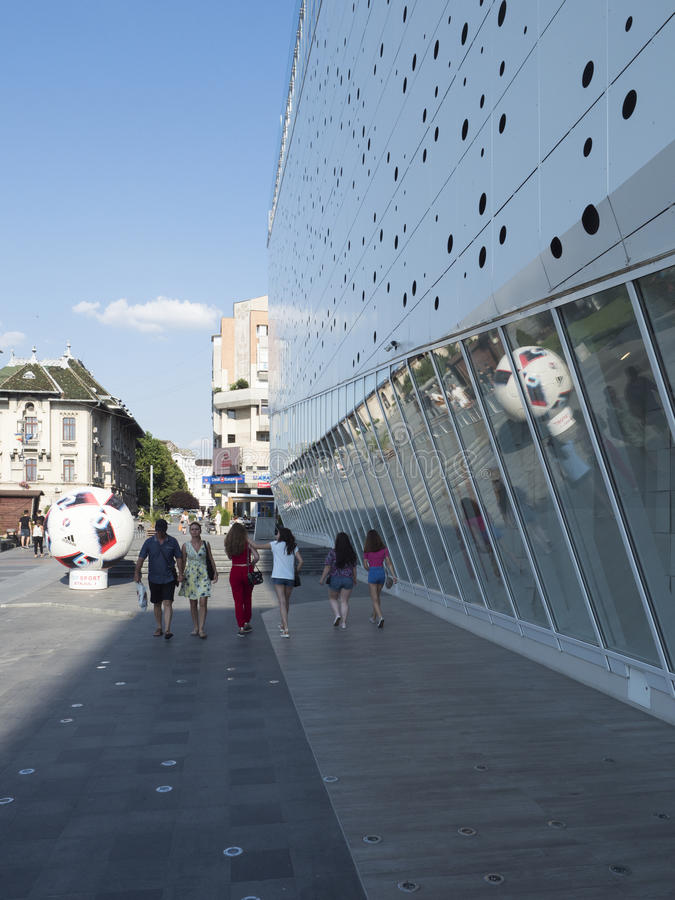 Centre commercial de Mercur, Craiova, Roumanie photographie stock