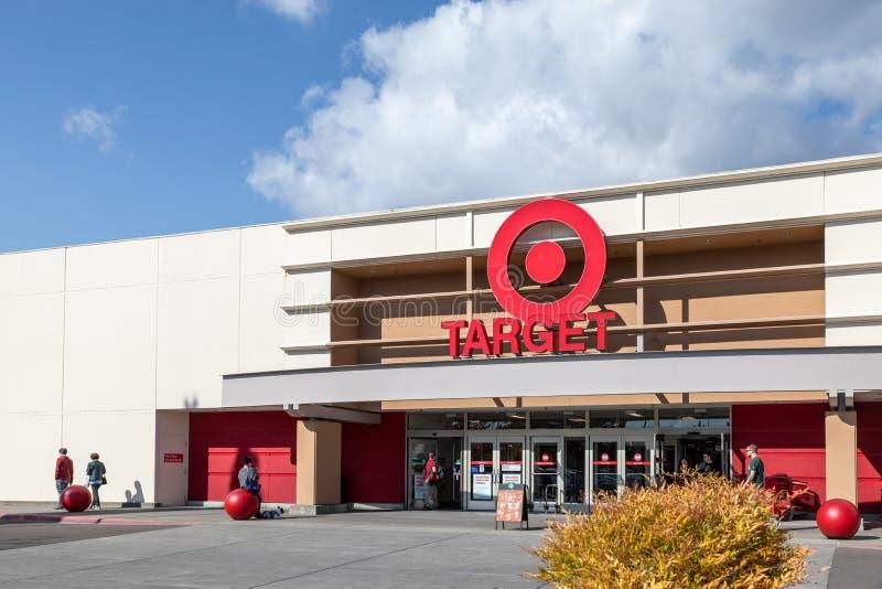 Centre commercial Gate of Marshalls, grand magasin américain hors-prix en Oregon, États-Unis images stock