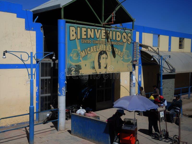 Download Centre Commercial Traditionnel, Pérou Image éditorial - Image du rouge, aride: 77161100