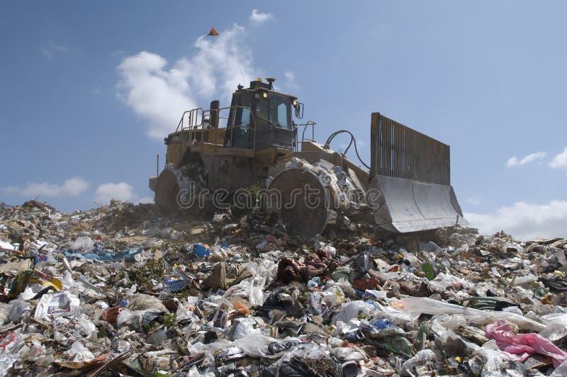 Centre d'enfouissement des déchets image stock